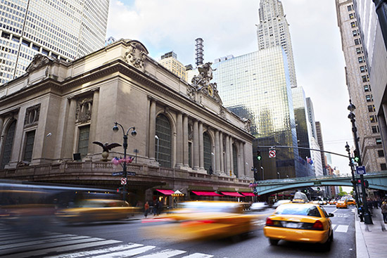 New Yorker Taxis vor dem Grand Central Terminal
