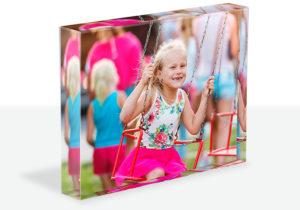 Ohne Ktischfaktor: Familienfotos auf 19 mm starkem Glas