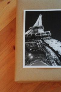 Geschenk mit schwarzweiß Bild aufpeppen